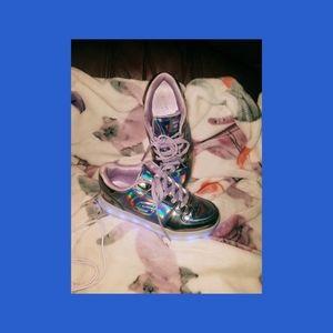 Metallic Light-up Sketcher Athletic Shoes (girls)